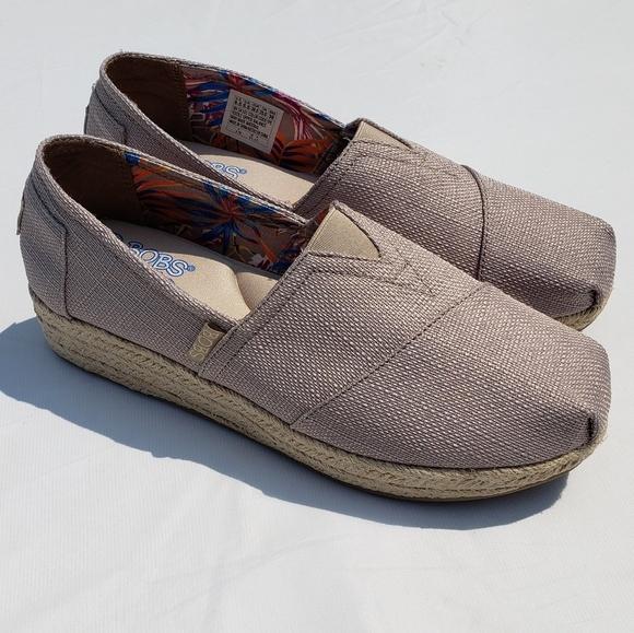 11244627e86cb Skechers Shoes | Bobs Size 85 Espadrille Wedge | Poshmark